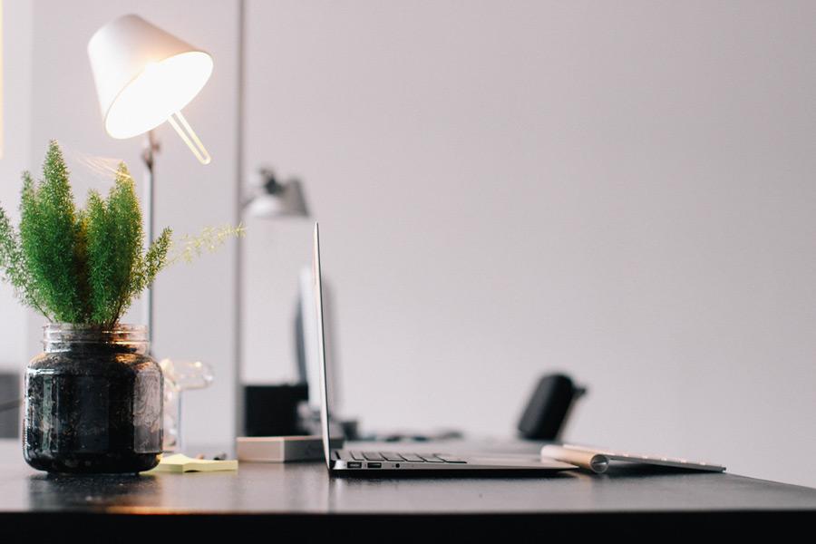 VertiDesk a virtual desk